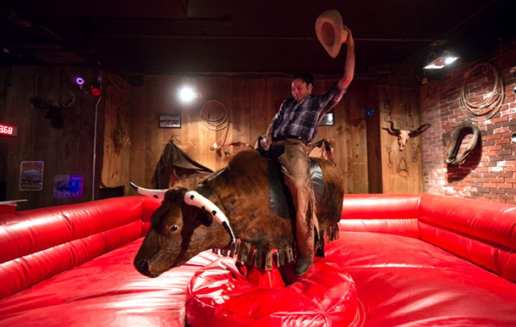 Mechanical20Bull20cowboy 122000 big Mechanical Bull